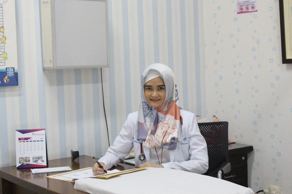dr. Yesi Oktavia Dewi, SpA
