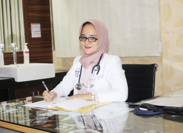 dr. Adisyari Putri Handini